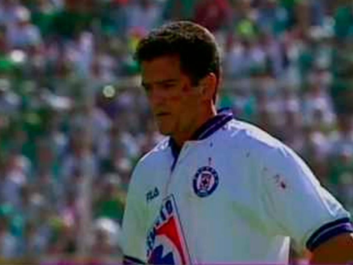 TBT: Así fue el gol de oro de Carlos Hermosillo que le dio el título a Cruz  Azul en el Invierno 97 | Bolavip