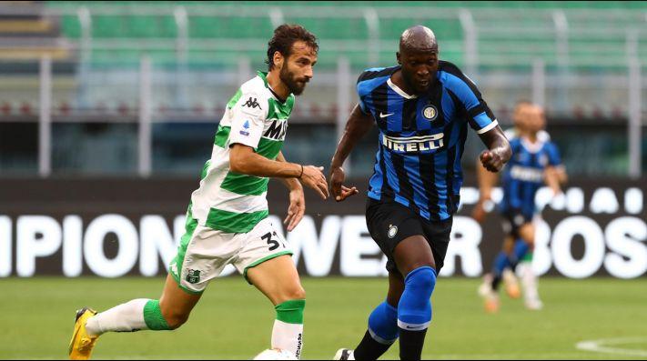 Lluvia de goles en Milán: Sassuolo complicó al Inter y lo empató 3-3 sobre el final