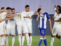 Real Madrid tuvo un nuevo penal a favor, pero sigue intratable: 2-0 al Alavés