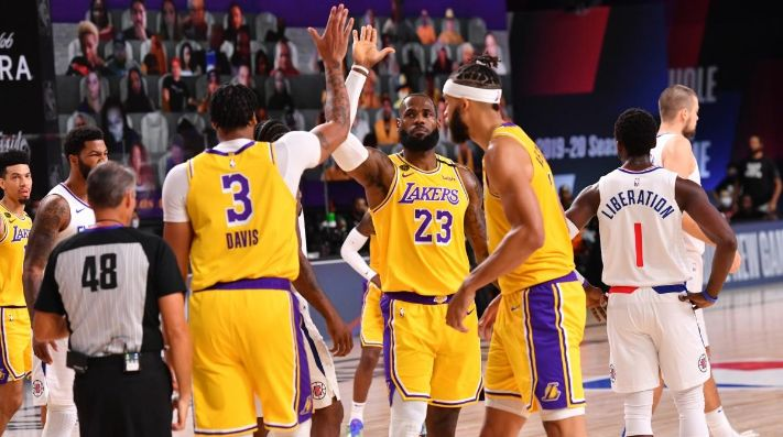 LeBron, importante en victoria de Lakers ante Clippers