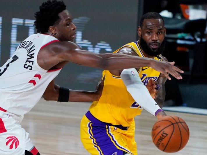 Los Lakers perdieron con los Raptors (Getty Images)