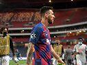 Destrozado: la foto de Messi en el vestuario tras el 2-8 del Barcelona