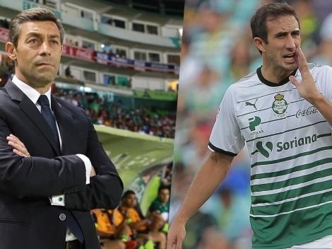 Pedro Caixinha quiere juntarse con Carlos Izquierdoz