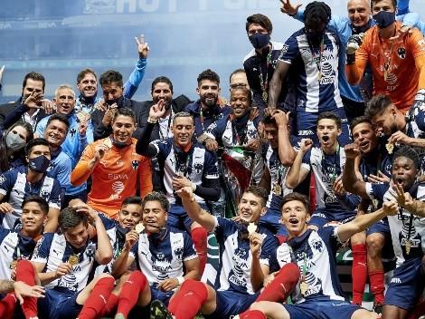 Jugadores de Rayados festejaron el título de Copa MX