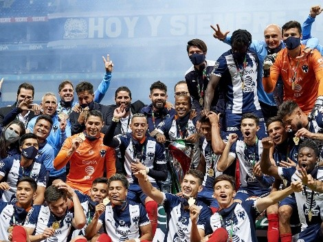 La playera especial de Monterrey tras la obtención de la Copa MX