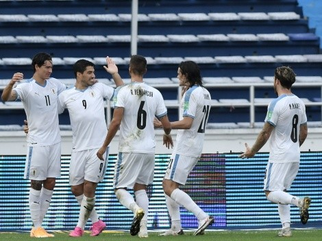 Luis Suarez, Edinson Cavani lift Uruguay over Colombia with a 3-0 victory