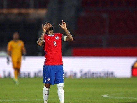 Arturo Vidal scores twice to give Chile a comfortable 2-0 win over Peru
