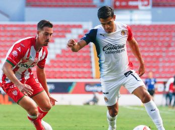 Chivas vs. Necaxa (Foto: Jam Media)