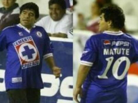 Cruz Azul se despide de Maradona y envía sus condolencias