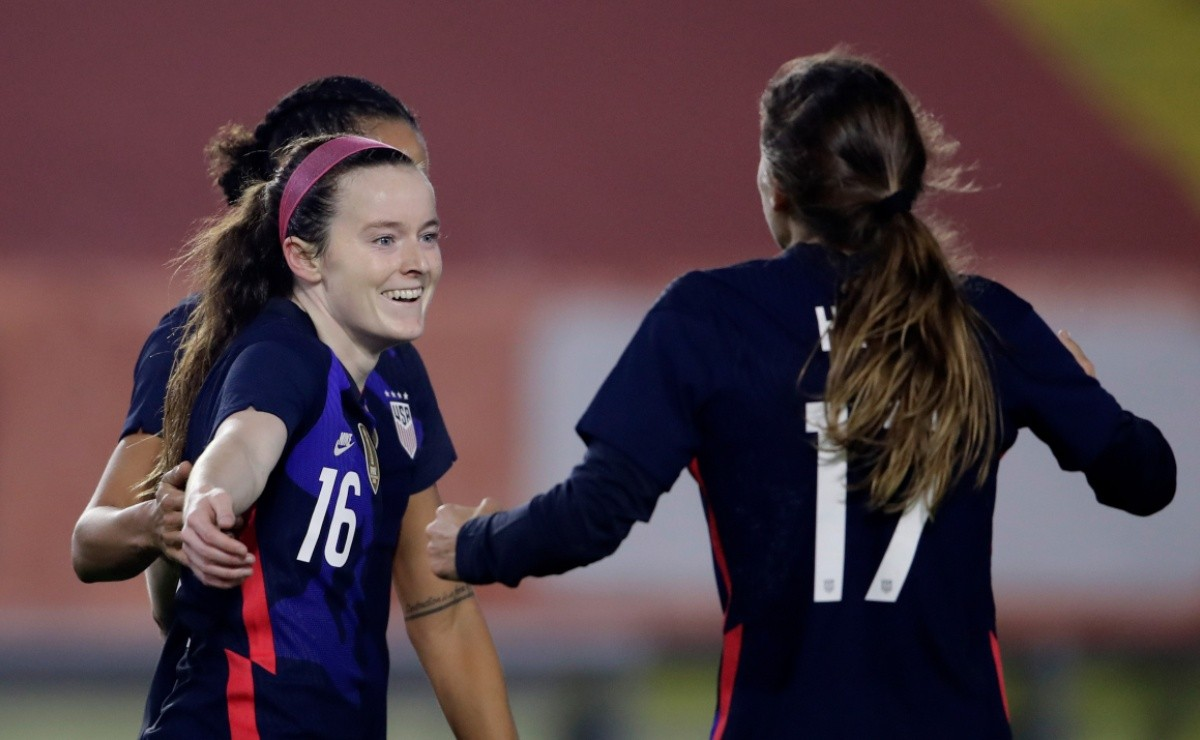 USWNT comfortably beat Netherlands 2-0 in friendly match
