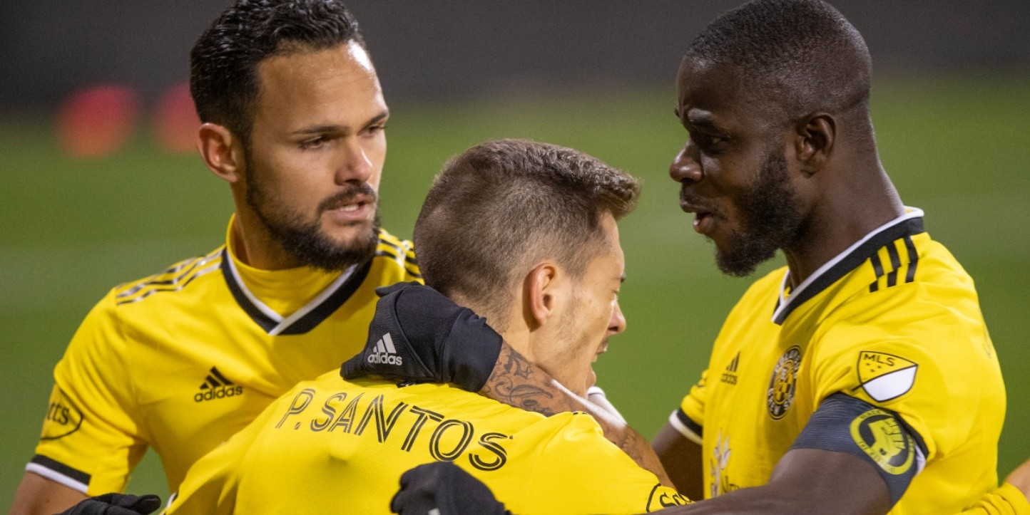 Columbus Crew vs. New England Revolution juegan por los playoffs de la MLS este domingo (Getty Images)