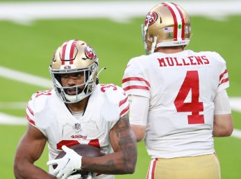 San Francisco 49ers vs. Buffalo Bills juegan por la semana 13 de la NFL 2020 este lunes (Getty Images)