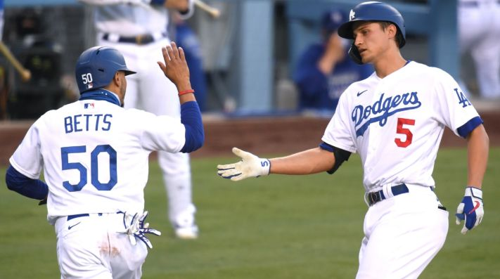 Mookie Betts y Corey Seager