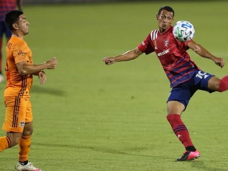 Andrés Ricaurte recibió el premio al mejor gol del año 2020 del FC Dallas
