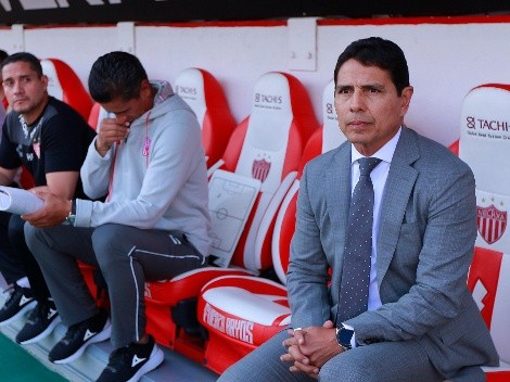 Alfonso Sosa define cuerpo técnico por si llega a DT de Cruz Azul