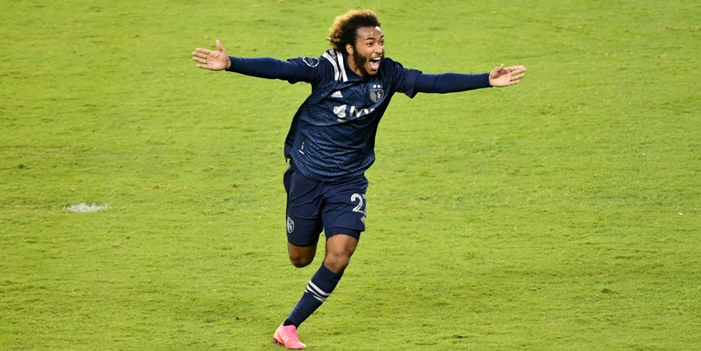 Gianluca Busio, volante de Sporting Kansas City