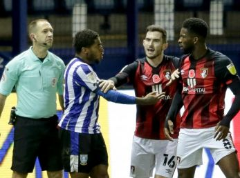 Jéfferson Lerma en el partido Sheffield Wednesday vs. Bournemouth.