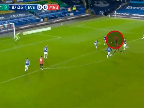 Video: golazo de Cavani para que el United se meta en semifinales de la Carabao