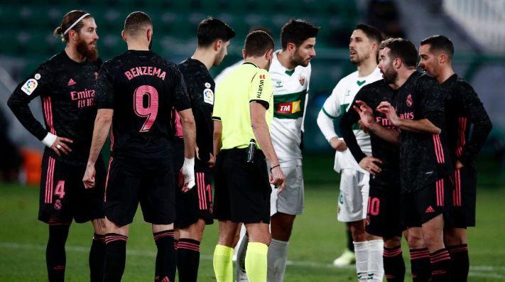Real Madrid no pudo con el Elche de los argentinos y casi lo pierde