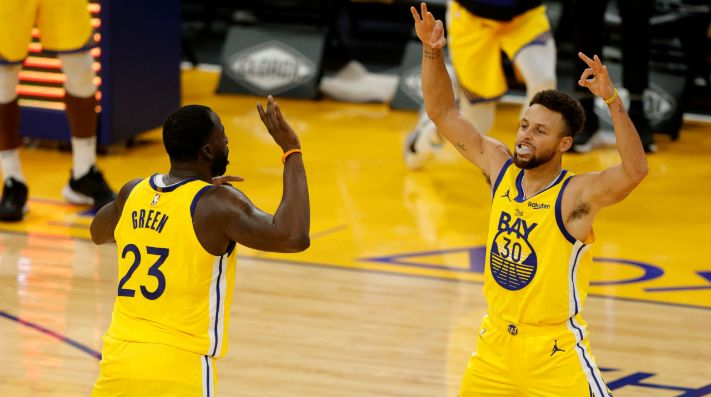 Golden State Warriors vs. Toronto Raptors juegan por otra fecha de la NBA este domingo (Getty Images)