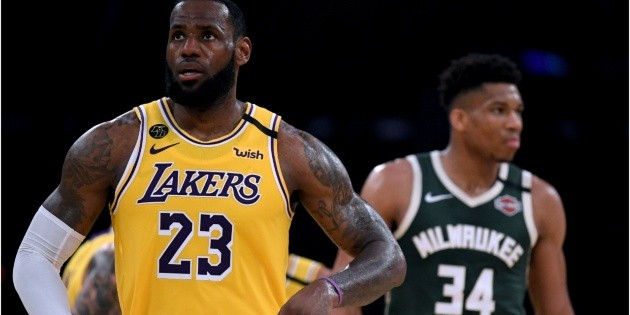 NBA |  WATCH THE VIDEO of LeBron James beating Giannis in Los Angeles Lakers vs.  Milwaukee dollar