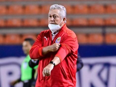 """Paco Villa: """"Vucetich está haciendo una ensalada con Chivas"""""""