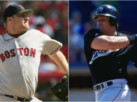 Jose Canseco and Curt Schilling trade jabs on social media over HoF fiasco