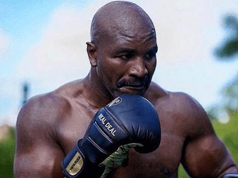 Holyfield luce demoledor y entrena viendo sus peleas ante Tyson