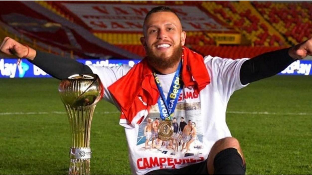 Oficial: Felipe Jaramillo abandona América de Cali y se va al fútbol internacional abandonara la institucion roja de cali tras cuatro temporadas fue campeon de la 15 ganada en Bogota | Bolavip