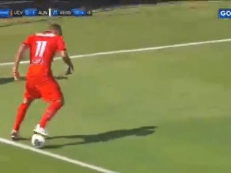 No la conocíamos: Beto da Silva se olvidó de la pelota y terminó sacándola al lateral