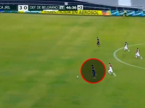 Video: Maroni y Zambrano se fueron solos para el cuarto gol de Boca, pero...