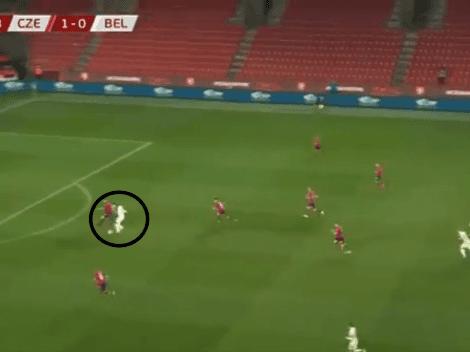 Video: Lukaku desparramó dos veces a su marcador y le dio el empate a Bélgica