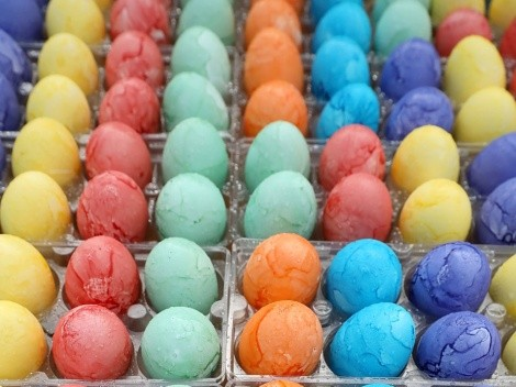 How to boil eggs for Easter coloring