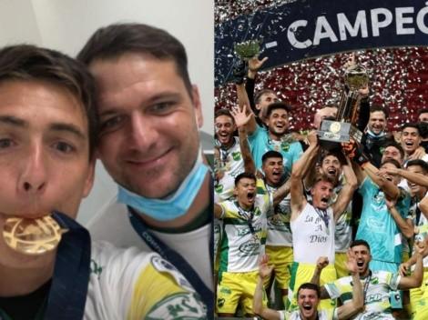 Matías Rodríguez y Guillermo Marino celebran la Recopa Sudamericana