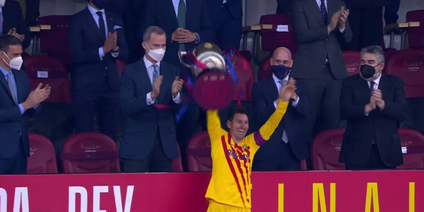 Video viral: la felicidad de Messi al levantar la Copa del ...