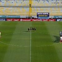 El luto que marcó las camisetas de Colo Colo y Everton