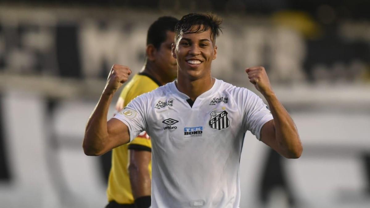 Kaio Jorge toma decisão sobre seu futuro e frustra planos do Santos, diz  site; jogador se posiciona
