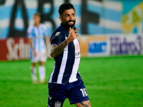 Disculpe, ¿goles tiene? Santos metió un hat-trick y le dio la victoria a Talleres