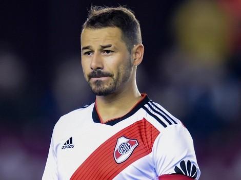 """Mora subió foto con Gallardo en el Monumental: """"Vuelve la metra"""""""