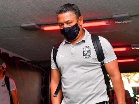 León anunció la salida de Ignacio Ambriz: ¿Se acerca a Tigres UANL?