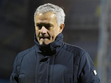 Roma anuncia Mourinho como novo técnico; português assume o time na próxima temporada