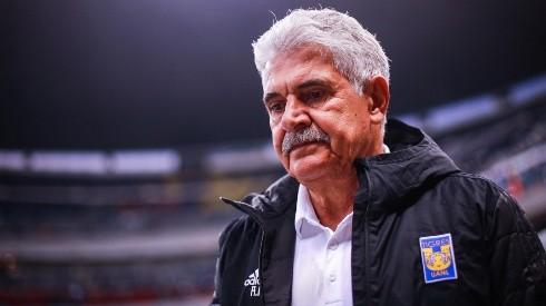 Ferretti dijo dónde continuaría dirigiendo y descartó ofertas de Chivas