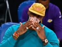 La NBA le prohíbe a LeBron James tomar un taxi para juegos de los Lakers