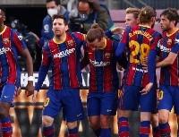 Insólito: Barcelona informó la lesión del jugador y la afición lo celebró