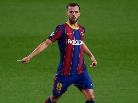 Report: Barcelona considering swapping Pjanic for Chelsea midfielder