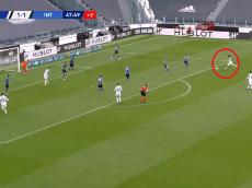 Bombazo y adentro: golazo de Juan Guillermo Cuadrado contra el campeón Inter
