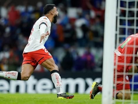 Cruz Azul abrió el marcador y Toluca lo empató con un golazo de Canelo