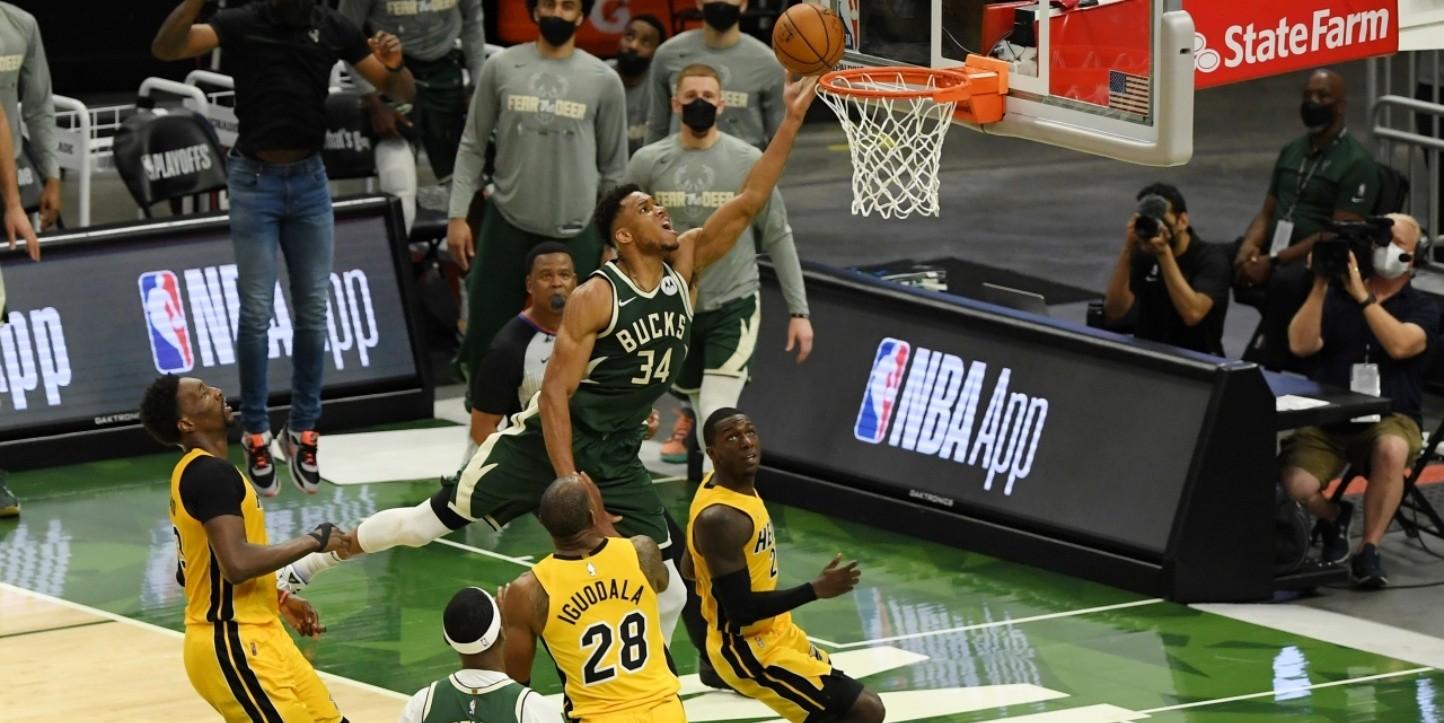 Heat Vs Bucks : Milwaukee Bucks Vs Miami Heat Full Game 2 ...
