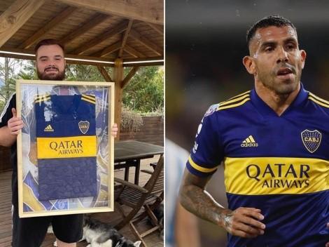 ¡Llegó el regalo! Ibai posó con la camiseta de Boca que le prometió Tévez