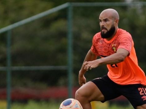 Zé Welison fala sobre reforços e 'cava' lugar para atacante no time titular